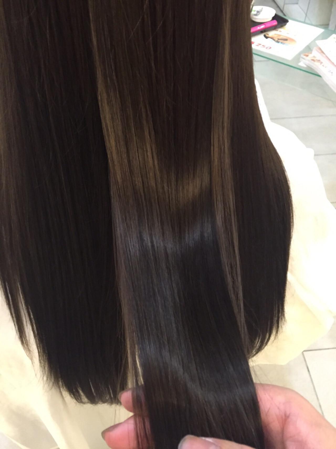 """鈴木えみもノープー実践中。美髪になる新ヘアケア方法""""ノープー""""とは 出典:白川 響"""