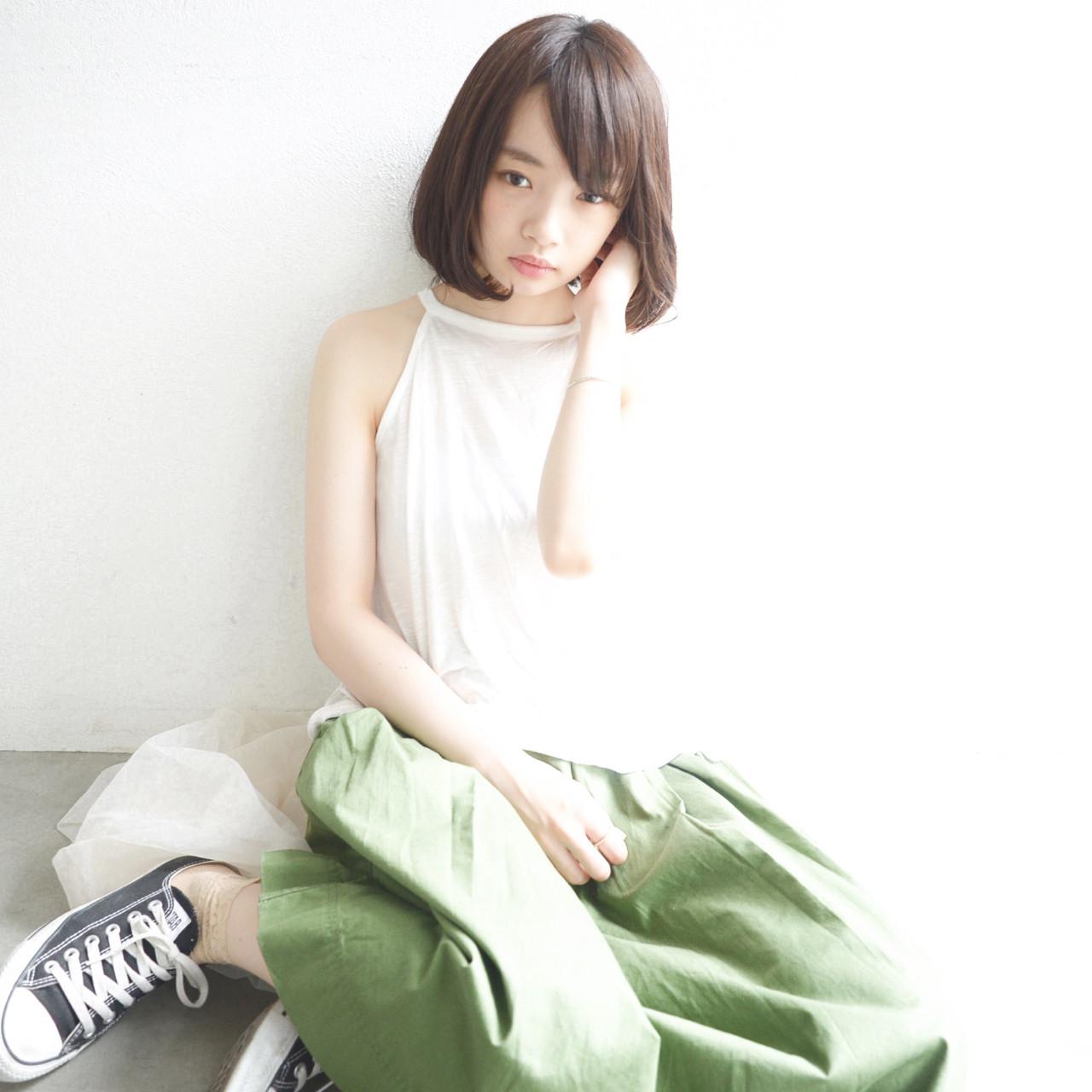 アースカラーを髪色にも。ヘアスタイルもナチュラル可愛く♡ yuuta inoue/vicca 'ekolu