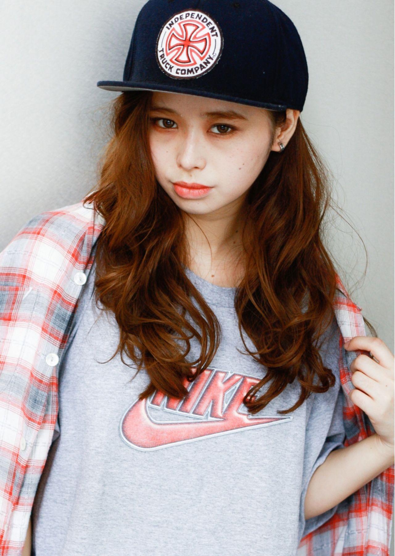 【髪型別】女子のためのキャップのかぶり方♡前髪・お団子・巻き髪…使えるtips集 山田 大夢