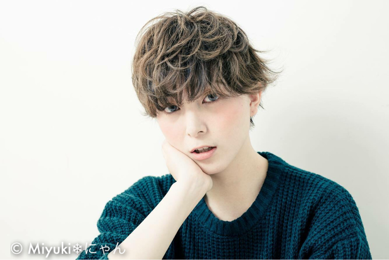 ジェンダーレス女子は中性的な髪型が決め手♡テイスト別にスタイル紹介! 安永 唯