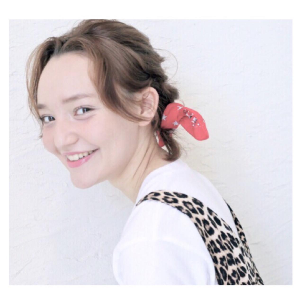 レトロが流行ってる今だから。絶対挑戦したくなるスカーフアレンジ! 原田直美
