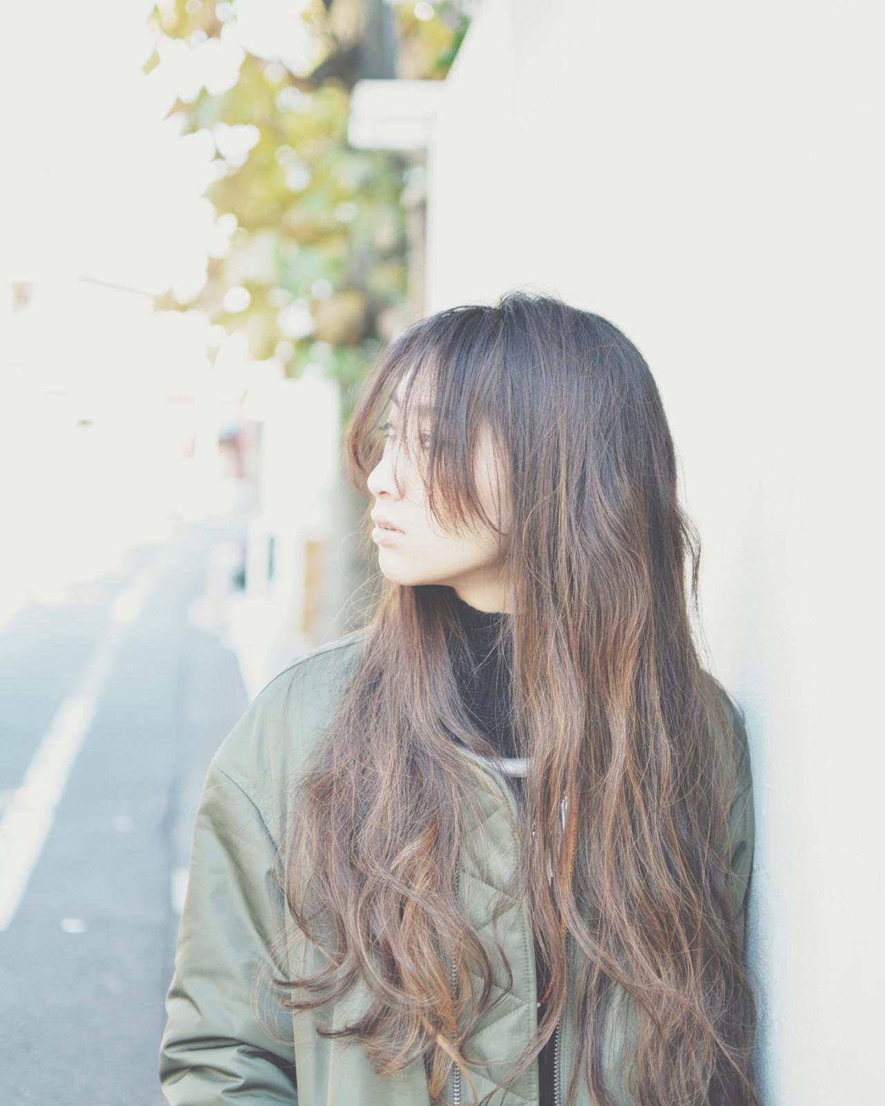 大注目の暗髪×グラデーションまとめ♡ポイントは毛先とハイライト サトウ タクロウ