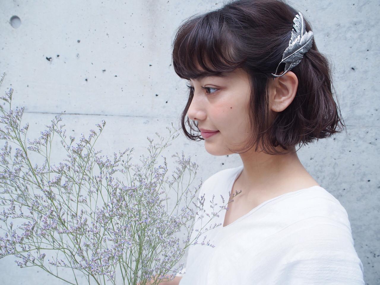 夏アレンジに使いたいヘアアクセ9選 鈴木 成治