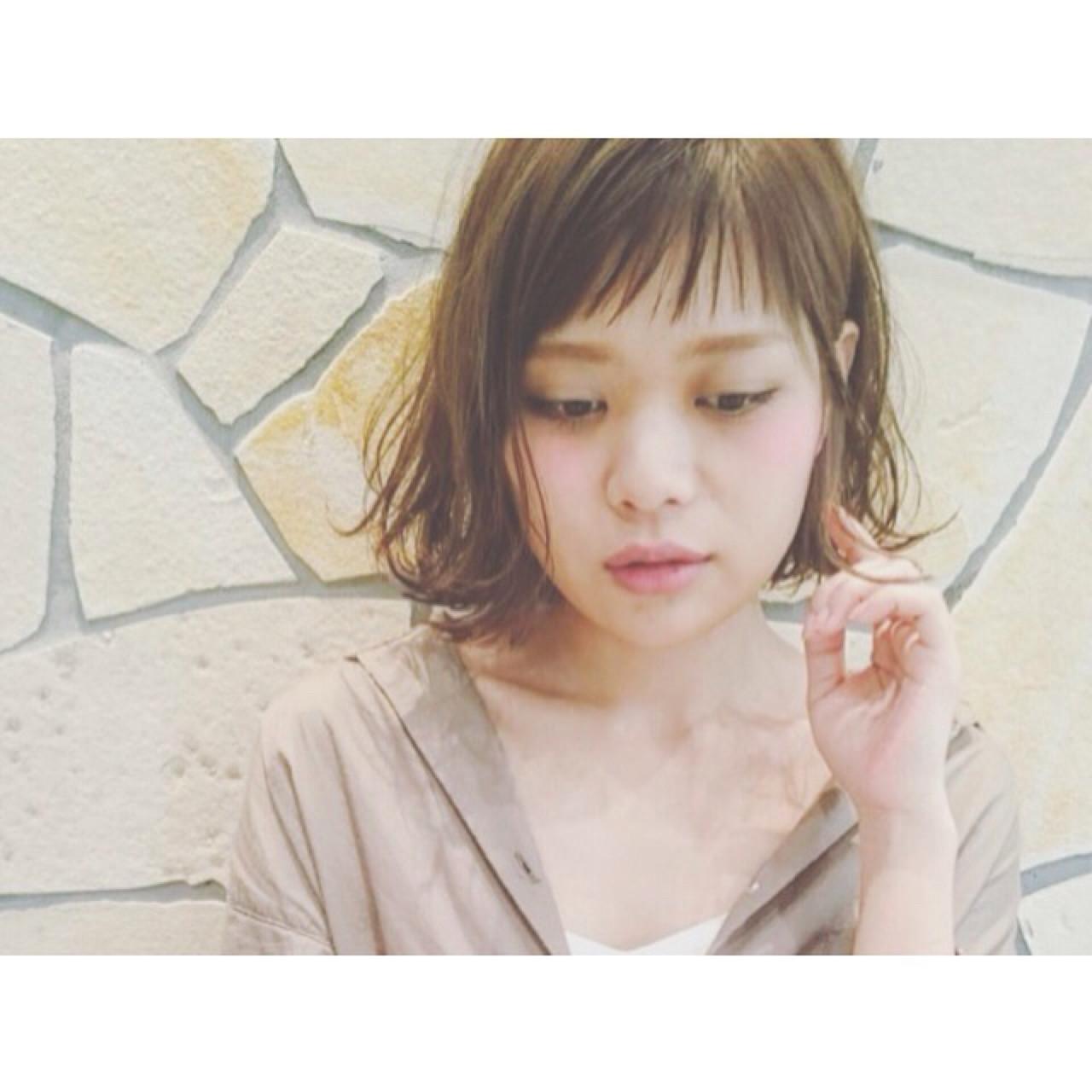 アースカラーを髪色にも。ヘアスタイルもナチュラル可愛く♡ 瀬戸島 容子