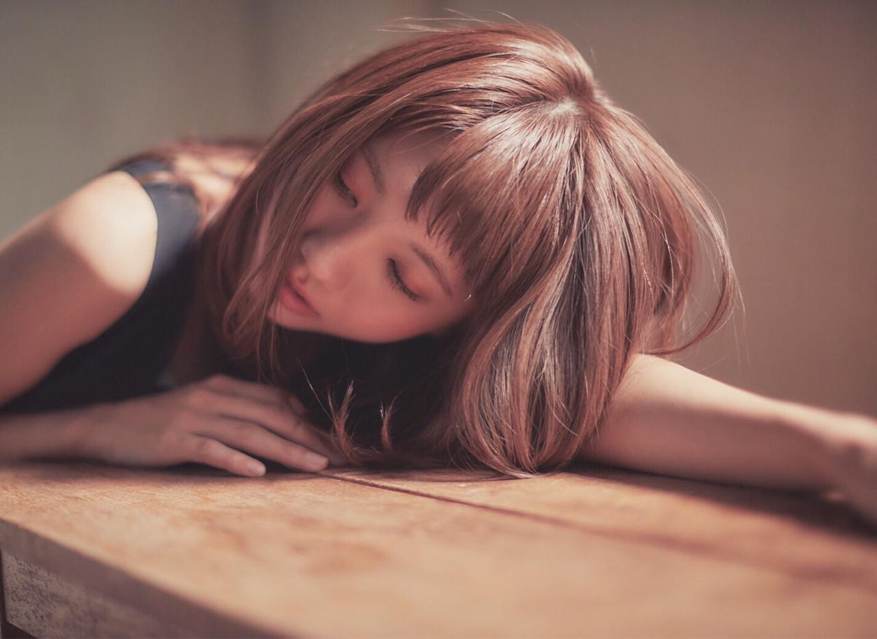 """鈴木えみもノープー実践中。美髪になる新ヘアケア方法""""ノープー""""とは 出典:加藤 優希"""