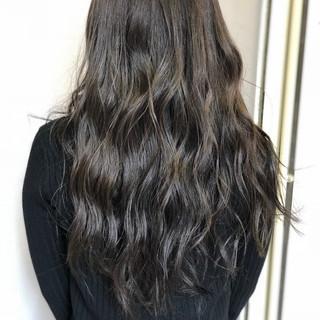 艶髪 ロング ベージュ 透明感 ヘアスタイルや髪型の写真・画像