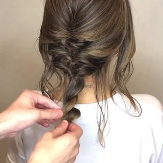 フェミニン ミディアム デート 結婚式 ヘアスタイルや髪型の写真・画像