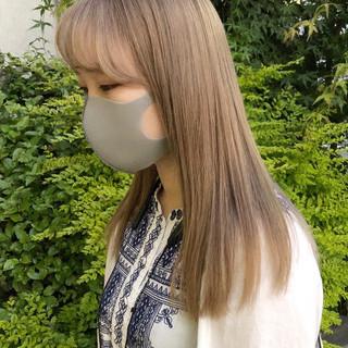 セミロング ショートヘア ミニボブ ナチュラル ヘアスタイルや髪型の写真・画像