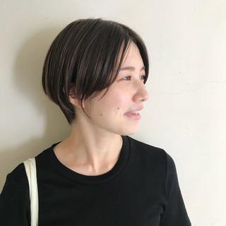 透明感 ストリート ショート アウトドア ヘアスタイルや髪型の写真・画像