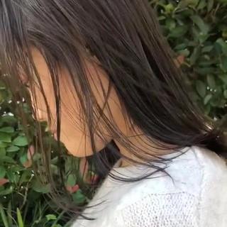 透明感 アッシュ ミディアム ブリーチなし ヘアスタイルや髪型の写真・画像