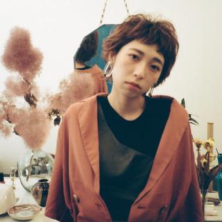 アウトドア ショート ナチュラル デート ヘアスタイルや髪型の写真・画像