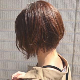 ショート フェミニン ラベンダーアッシュ ショートヘア ヘアスタイルや髪型の写真・画像