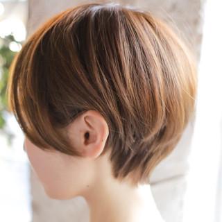 ショートヘア ショート ショートボブ ナチュラル ヘアスタイルや髪型の写真・画像