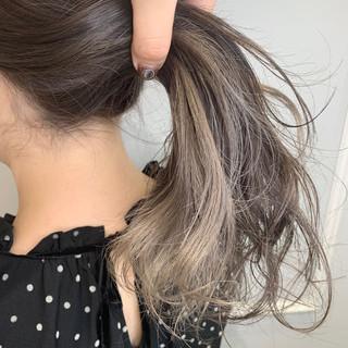 ホワイトグレージュ グレージュ ナチュラル ハイトーンカラー ヘアスタイルや髪型の写真・画像