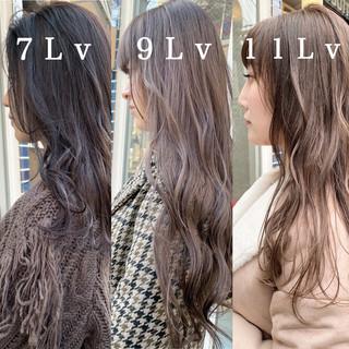 セミロング ヘアアレンジ ナチュラル ミルクティーベージュ ヘアスタイルや髪型の写真・画像