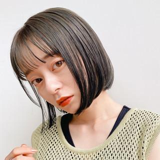 切りっぱなしボブ ナチュラル ショートヘア ショートボブ ヘアスタイルや髪型の写真・画像