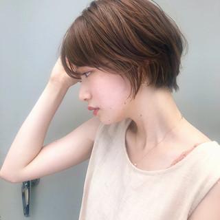 オフィス ショート ナチュラル ショートヘア ヘアスタイルや髪型の写真・画像