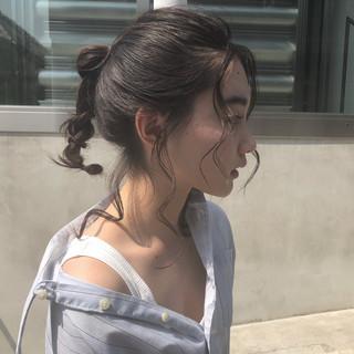 ナチュラル ヘアアレンジ アウトドア 夏 ヘアスタイルや髪型の写真・画像