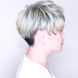ホワイトブリーチ メンズヘア メンズカラー ブリーチ ヘアスタイルや髪型の写真・画像