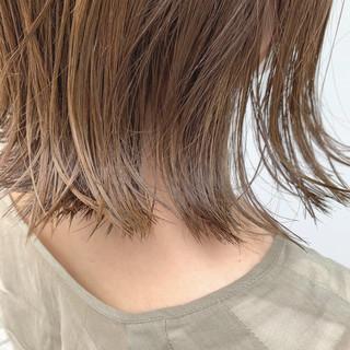 モード ベージュ ボブ 切りっぱなしボブ ヘアスタイルや髪型の写真・画像