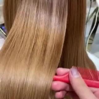 セミロング ナチュラル 最新トリートメント 髪質改善トリートメント ヘアスタイルや髪型の写真・画像