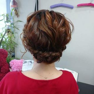 ふわふわヘアアレンジ ヘアアレンジ ナチュラル 簡単ヘアアレンジ ヘアスタイルや髪型の写真・画像