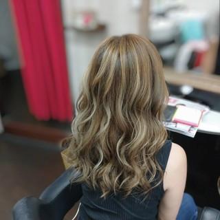 モード ハイライト セミロング 大人ハイライト ヘアスタイルや髪型の写真・画像