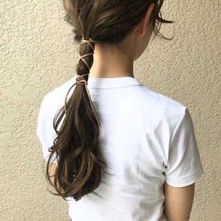 オリーブベージュ オリーブアッシュ ロング アッシュベージュ ヘアスタイルや髪型の写真・画像