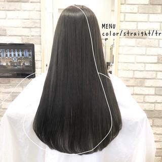 ナチュラル ロング グレージュ 髪質改善 ヘアスタイルや髪型の写真・画像