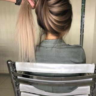 ナチュラル ロング グラデーションカラー ハイライト ヘアスタイルや髪型の写真・画像