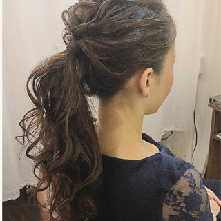 ウェーブ 結婚式 パーティ ナチュラル ヘアスタイルや髪型の写真・画像