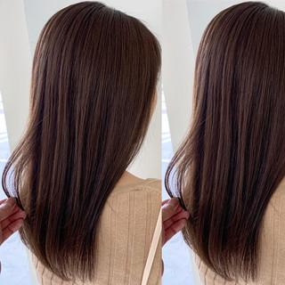 オフィス デート ブラウン ストレート ヘアスタイルや髪型の写真・画像