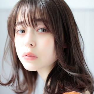 ミディアム 大人かわいい 春ヘア ナチュラル ヘアスタイルや髪型の写真・画像