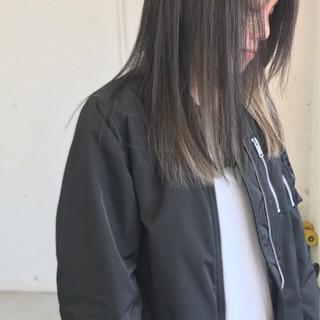 外国人風 切りっぱなし グラデーションカラー セミロング ヘアスタイルや髪型の写真・画像