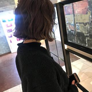 女子力 エフォートレス ハイライト ウェーブ ヘアスタイルや髪型の写真・画像