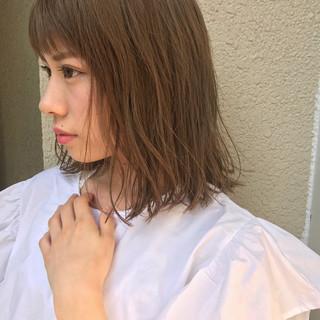 ミディアム 秋 アンニュイ 大人かわいい ヘアスタイルや髪型の写真・画像
