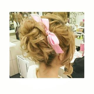 パーティ セミロング ガーリー ヘアアレンジ ヘアスタイルや髪型の写真・画像