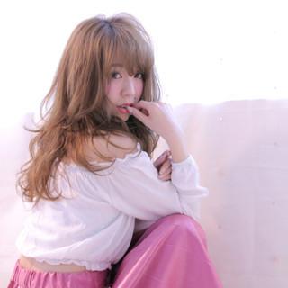 外国人風 ミディアム 色気 大人かわいい ヘアスタイルや髪型の写真・画像