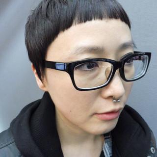 黒髪 ショート ストリート オン眉 ヘアスタイルや髪型の写真・画像