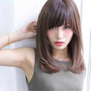 大人かわいい セミロング ストレート ナチュラル ヘアスタイルや髪型の写真・画像