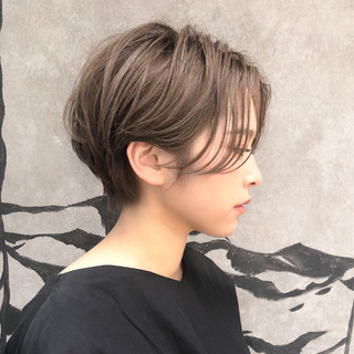ショートボブ 小顔 デート ショート ヘアスタイルや髪型の写真・画像