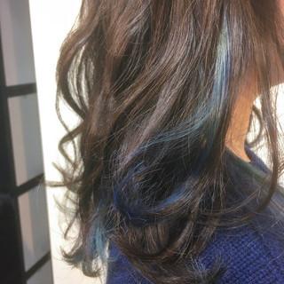 セミロング ヘアアレンジ 透明感 インナーカラー ヘアスタイルや髪型の写真・画像