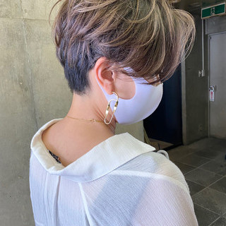 ハイライト ショートヘア コントラストハイライト ショートボブ ヘアスタイルや髪型の写真・画像