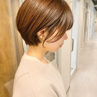 ショートヘア オフィス デート ナチュラル ヘアスタイルや髪型の写真・画像