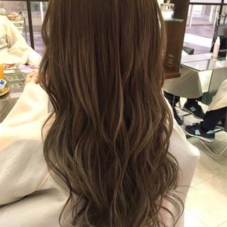 ウェーブ 前髪あり デート パーマ ヘアスタイルや髪型の写真・画像
