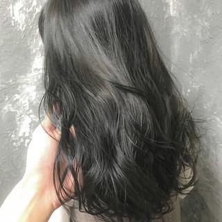 セミロング グレージュ 外国人風カラー ナチュラル ヘアスタイルや髪型の写真・画像