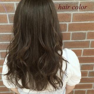アッシュ グラデーションカラー ナチュラル ゆるふわ ヘアスタイルや髪型の写真・画像