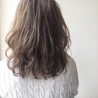 ナチュラル グリーン 透明感 春 ヘアスタイルや髪型の写真・画像