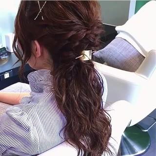 ルーズ ハーフアップ フェミニン ロング ヘアスタイルや髪型の写真・画像