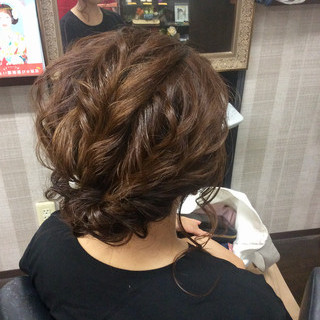 ナチュラル 結婚式 簡単ヘアアレンジ ミディアム ヘアスタイルや髪型の写真・画像